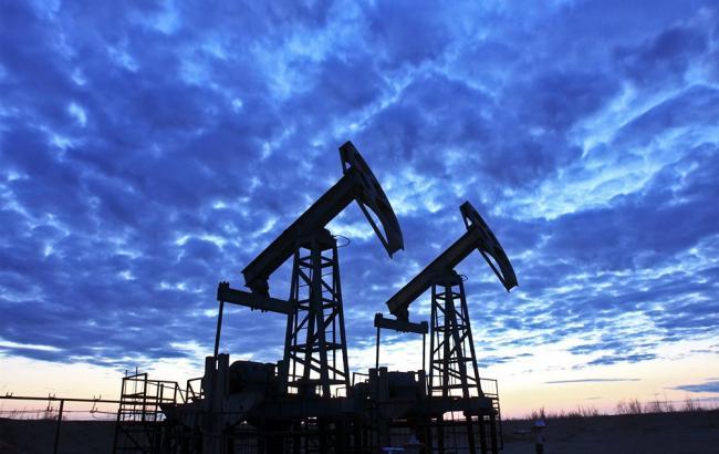 Кувейт иСаудовская Аравия неисключают продления договоренностей по уменьшению добычи нефти