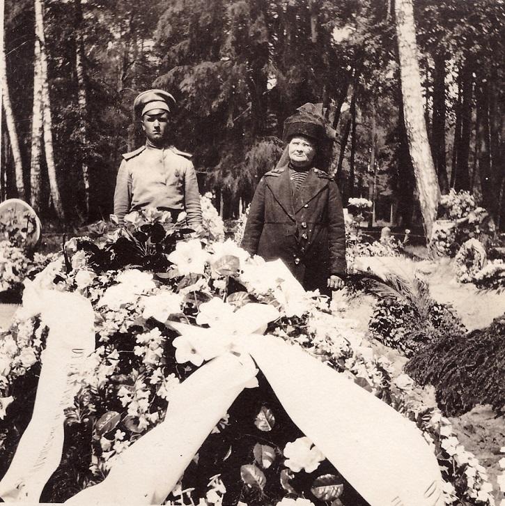 О строительстве торгово-развлекательного центра на Братском кладбище героев Первой Мировой войны. 0_19b01f_df4e7526_orig