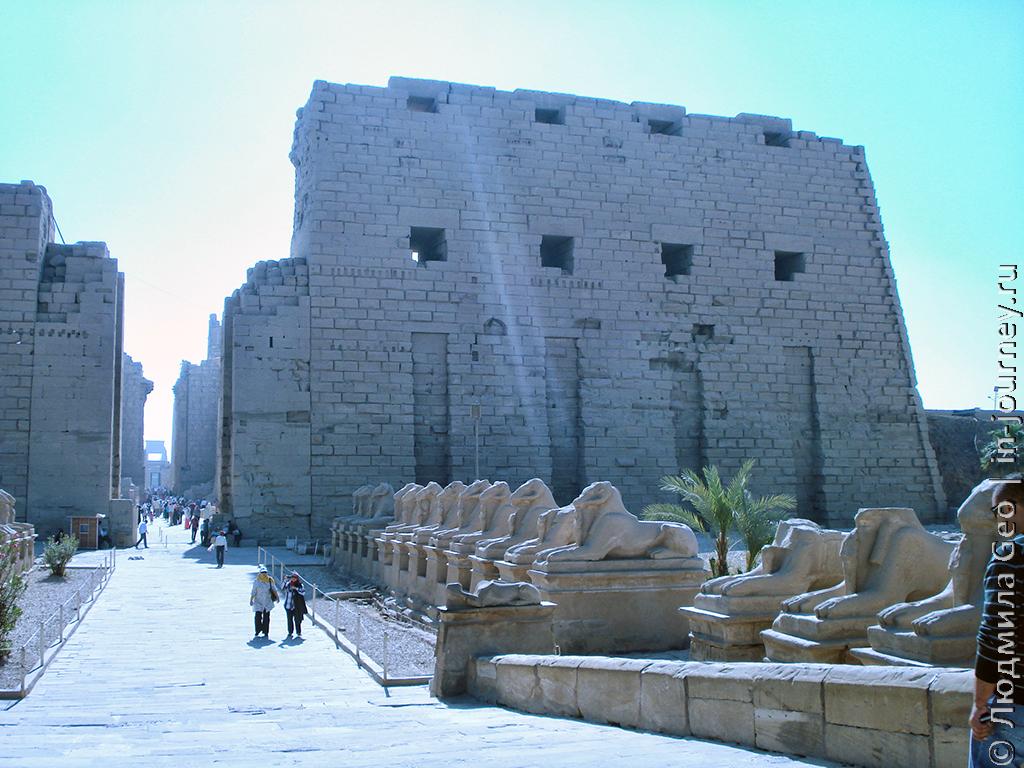 храм Карнак и аллея сфинксов