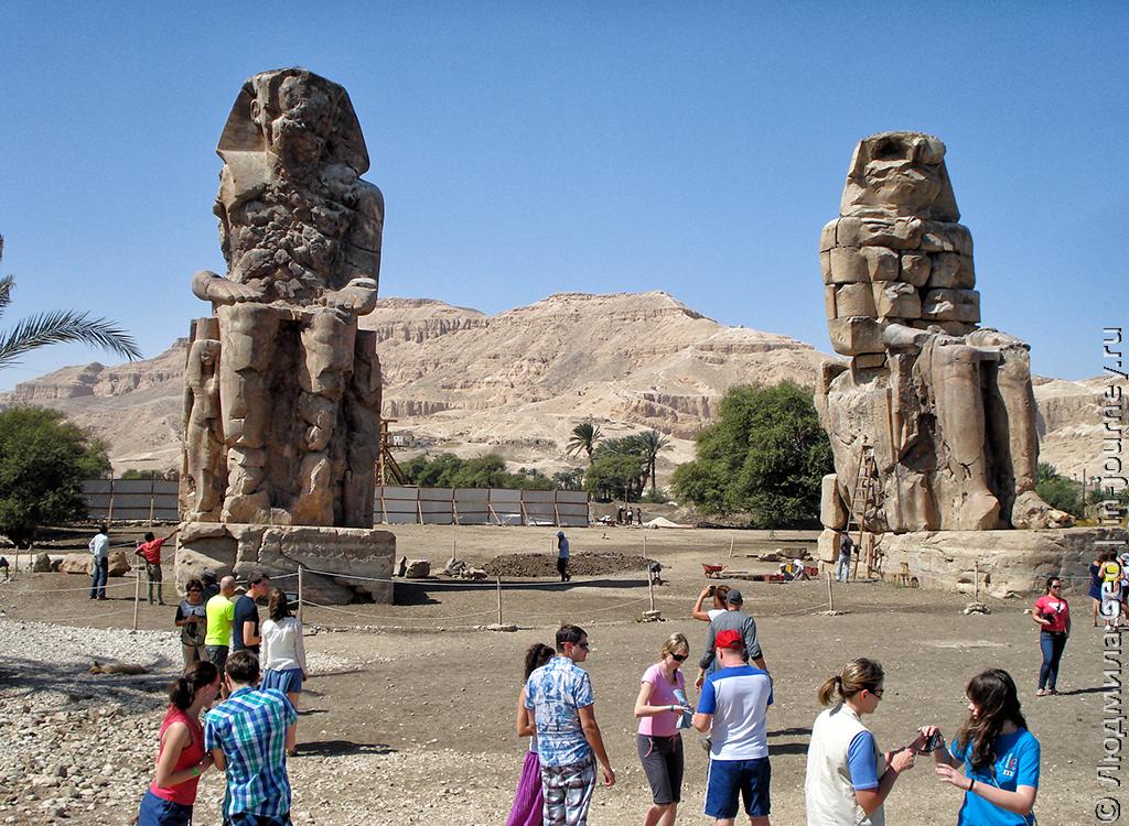 колоссы Мемнона Египет