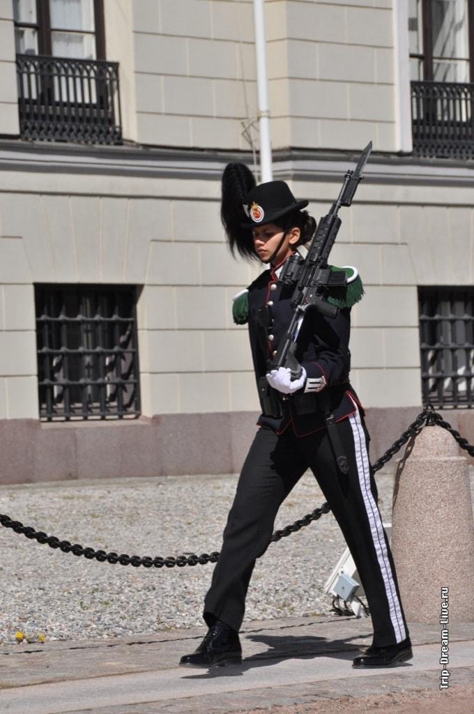 Королевская гвардейка :)