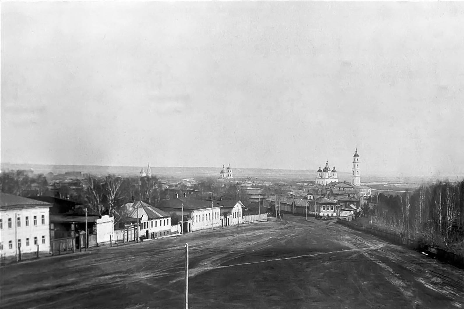 Панорама Елабуги, вид с колокольни Троицкой церкви