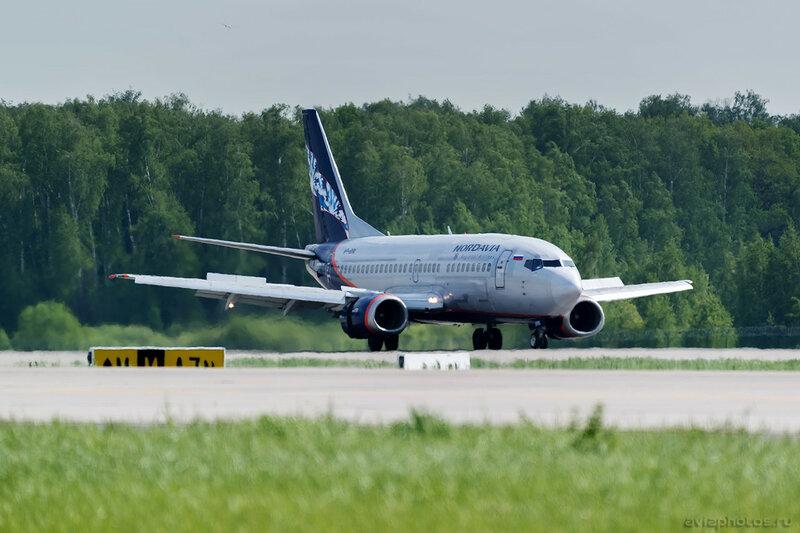 Boeing 737-5Y0 (VP-BRK) Nordavia 090_D800788