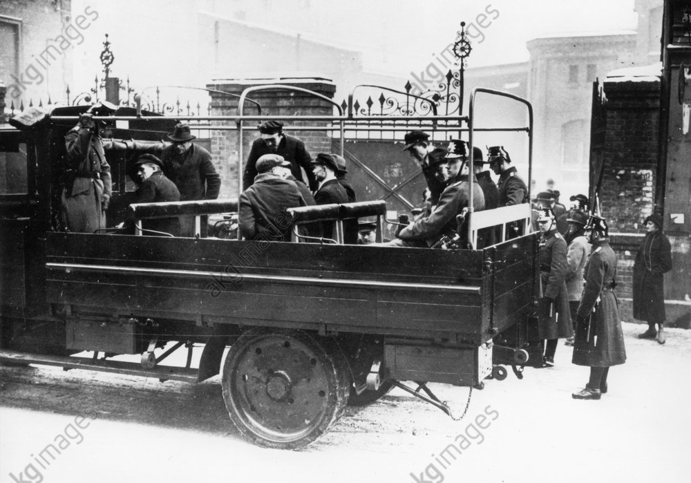 Razzia in Berlin 1933 - Razzia in Berlin 1933 -