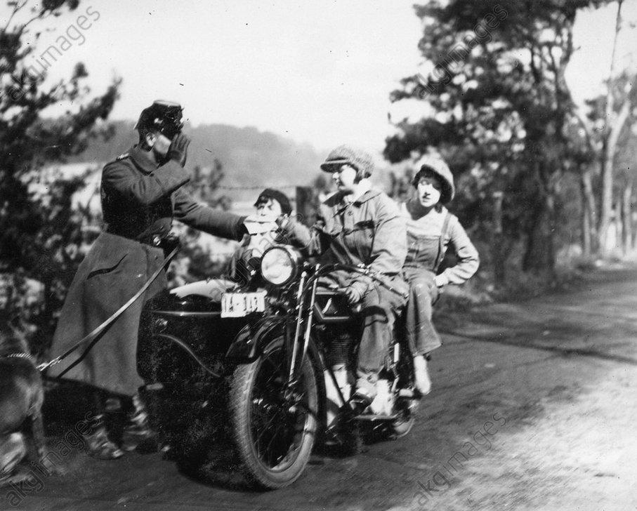 Damenausflug Motorrad an die Havel - -