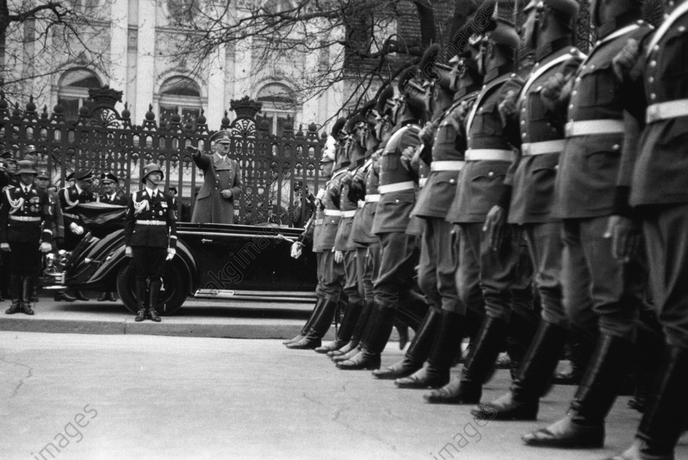 50.Geburtstag Hitlers/Polizeiparade/Foto - 50th Birthday/Hitler/Police parade/Photo -