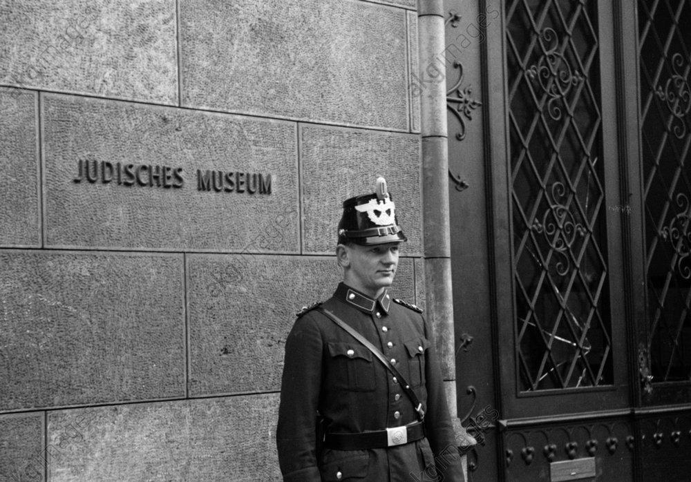 Reichskristallnacht, Berlin, Jьdisches Museum / Foto 1938 - -