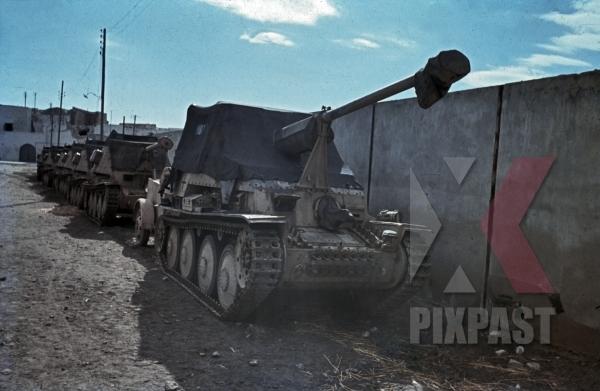 stock-photo-german-marder-3-panzer-column-in-la-goulette-tunisia-1942-12547.jpg
