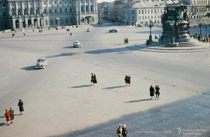 Ленинград. Исаакиевская площадь2.jpg
