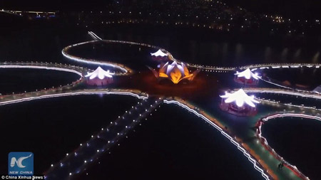 Китайцы открыли самую протяженную дорогу на воде