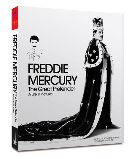 Все фотографии в этом посте были взяты из книги «Фредди Меркьюри, Великий Притворщик».