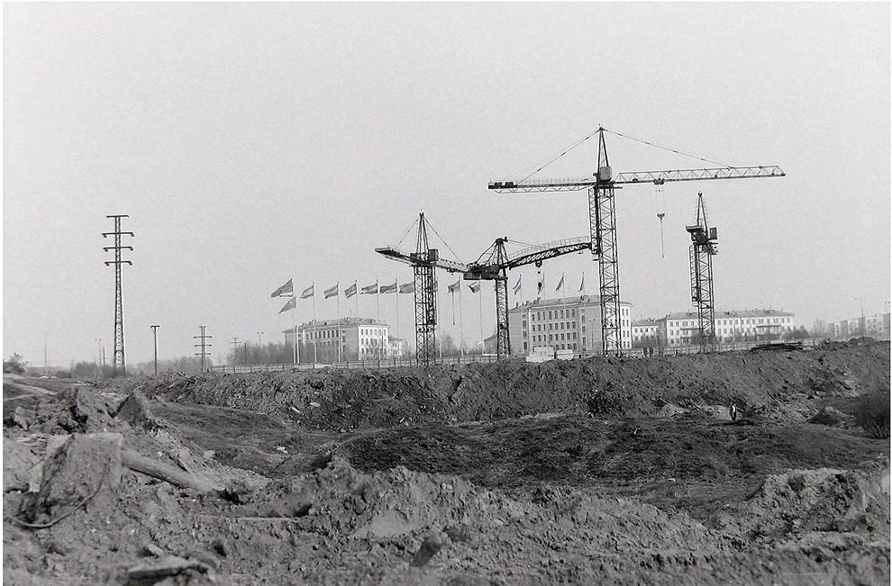 25. Москва, Юго-Запад, строительство гостиницы «Спорт», 1976 г.