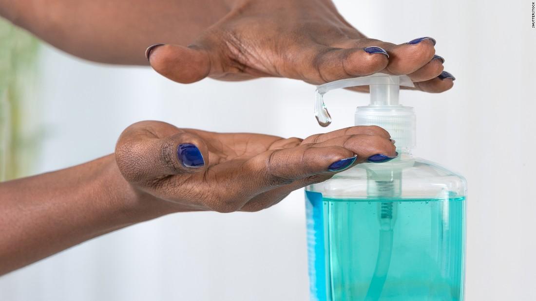 Мыло с триклозаном Многие марки мыла для рук содержат сомнительный компонент триклозан, который связ