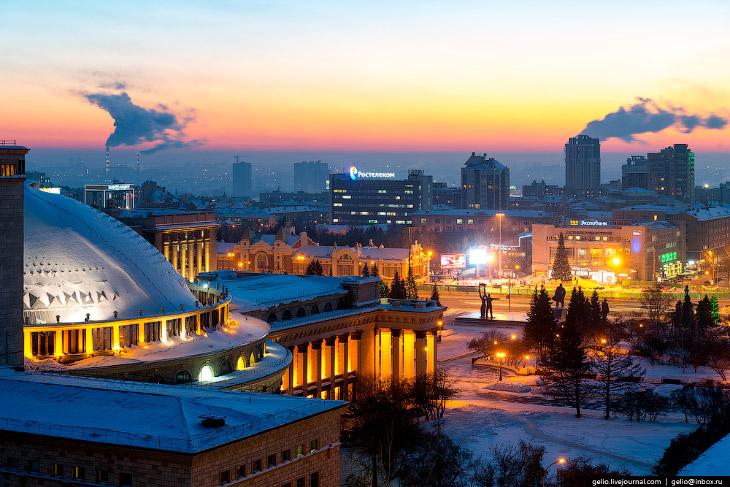 1. Население Новосибирска приближается к 1 миллиону 600 тысячам человек.