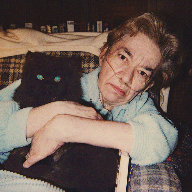 Мама и ее последний кот, Мистер Катц, 1984.
