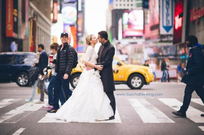 © Sascha Reinking/twitter  Если выпразднуете свадьбу вНью-Йорке, будьте готовы увидеть насв