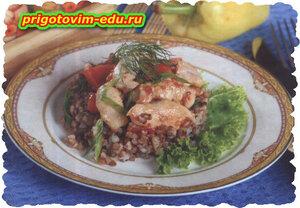 Гречневая каша с курицей и болгарским перцем