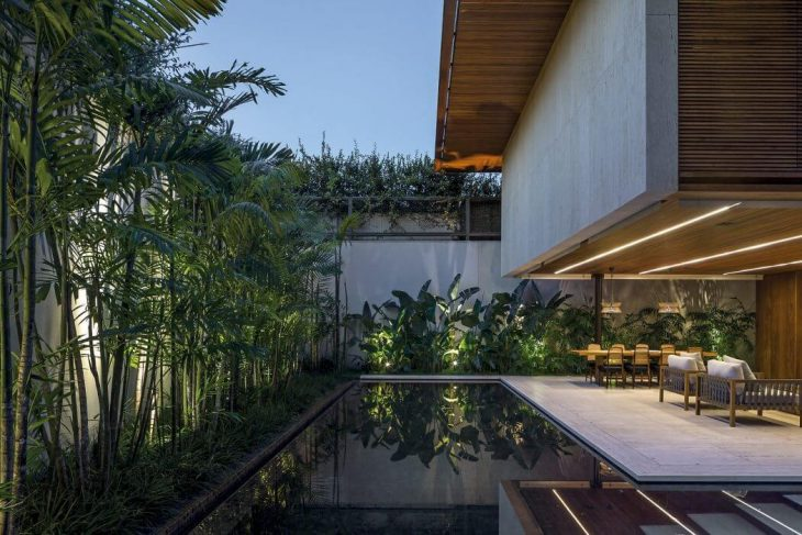 MLA House by Jacobsen Arquitetura