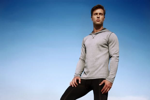 Men Yoga Clothes For men, muscle tanks and t-shirts are generally really good. Leggings, biking shor