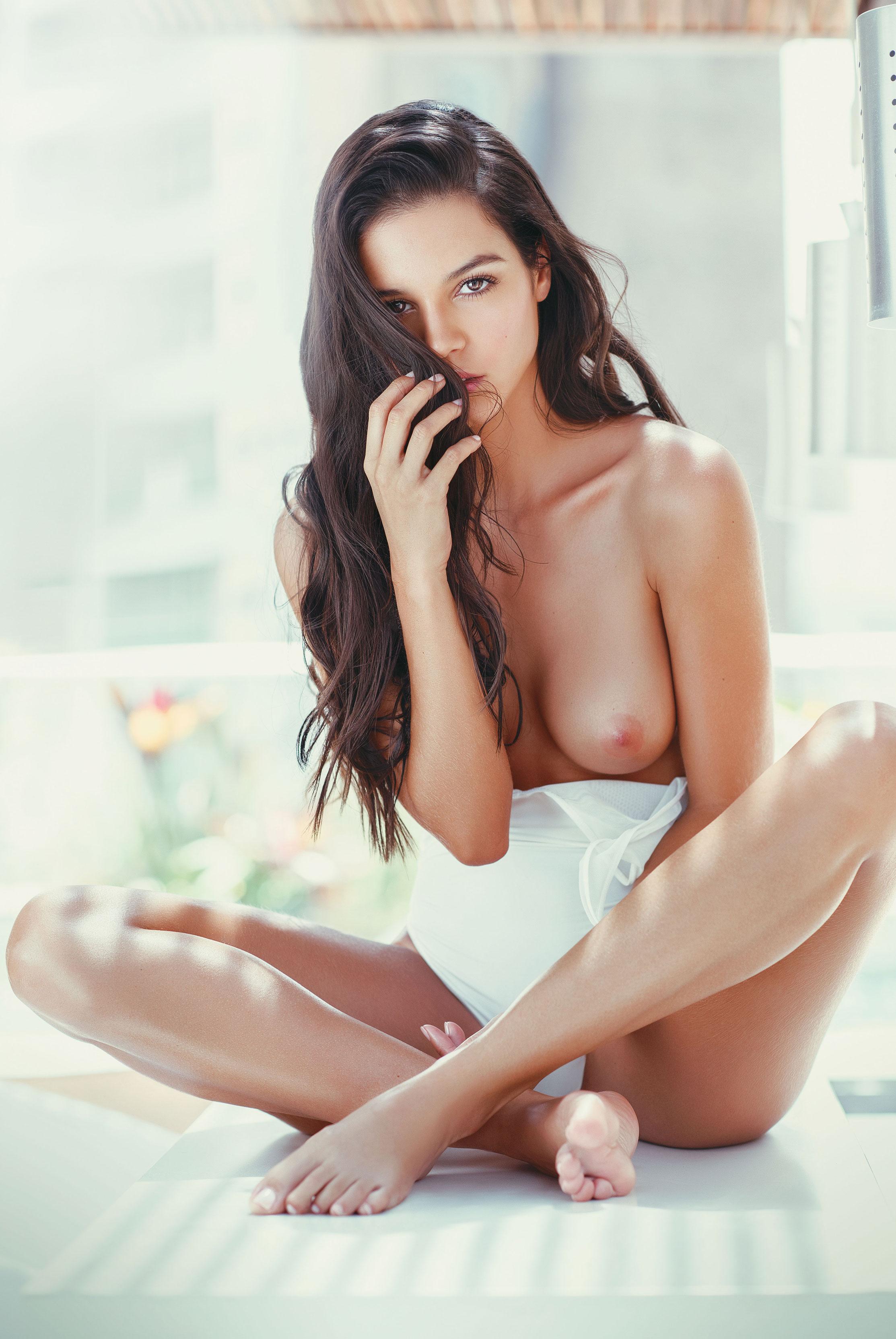 Мария Фернанда Мюриэль / Maria Fernanda Muriel nude by Felipe Bohórquez - SoHo Magazine