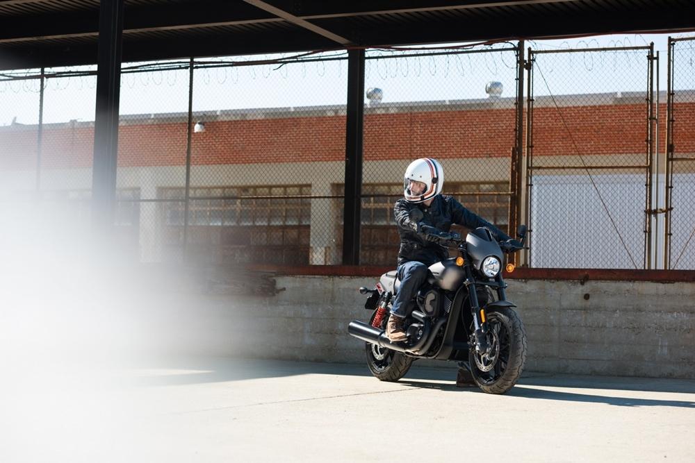 40 фото Harley-Davidson Street Rod 2017