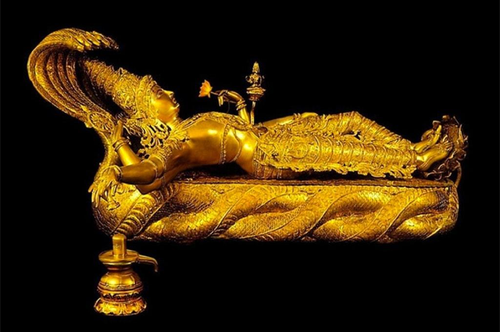Скульптура Вишну в храме Падманабхасвами / Фото: srirangaminfo.com