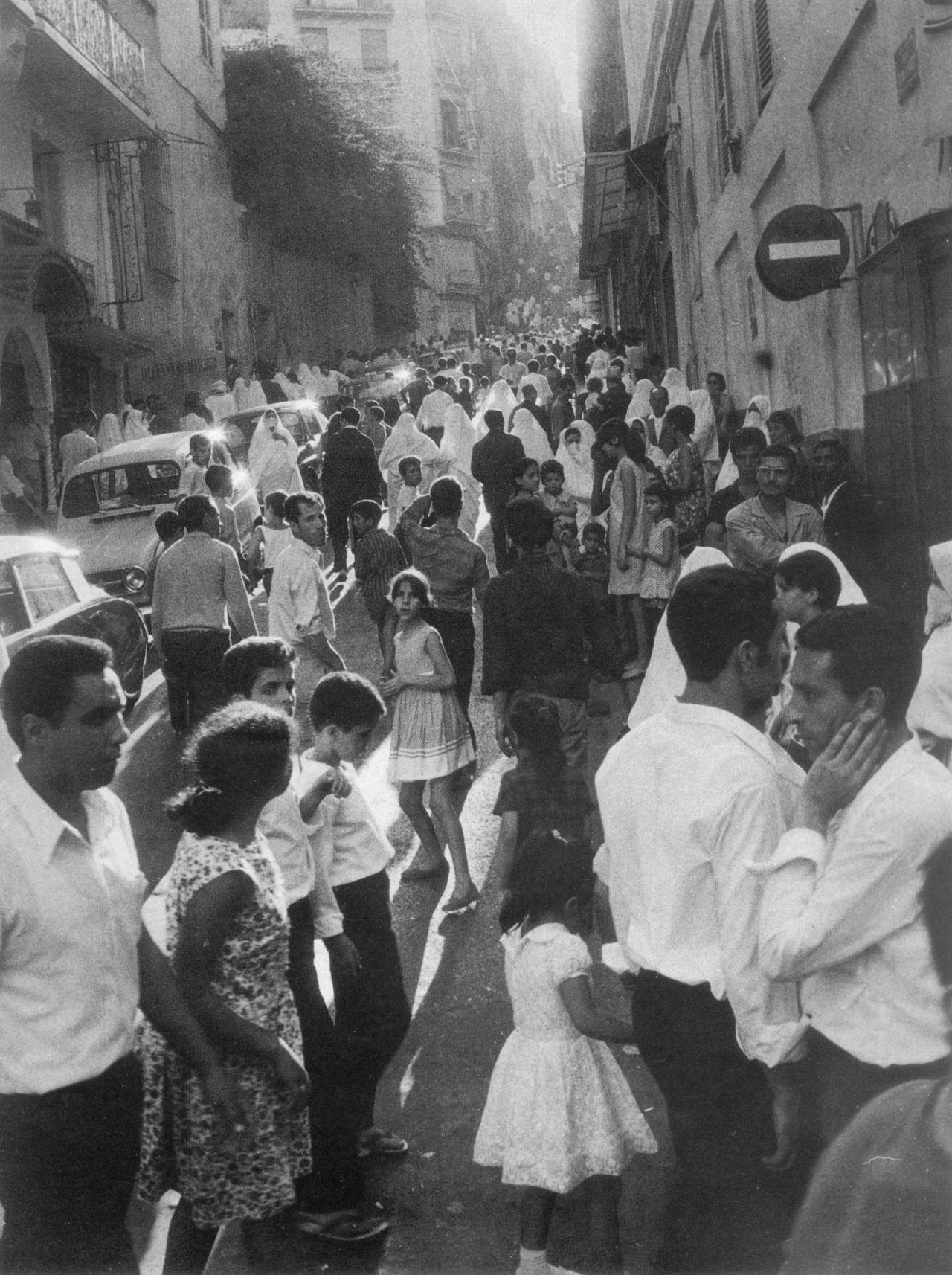 1969. Алжир
