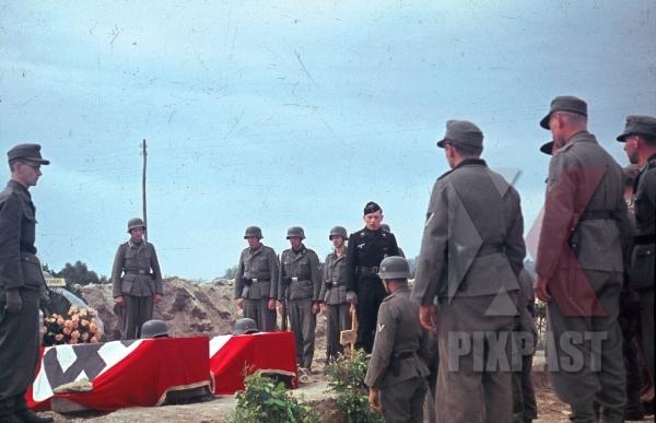 stock-photo-karl-mucher-hinrich-deinert-war-graves-pomezia-italy-1944-26th-panzerdivisionsnachrichtenabteilung-12337.jpg