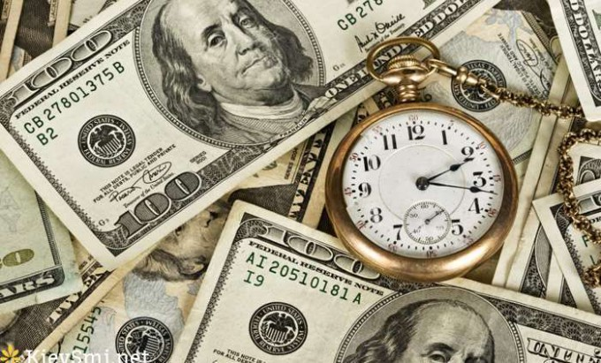 НБУ на25апреля укрепил курс гривны кдоллару до26,67