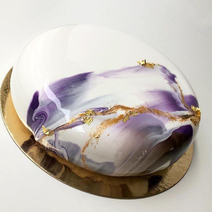 Торты как искусство, покрытые зеркальной глазурью, от Ксении Пенкиной