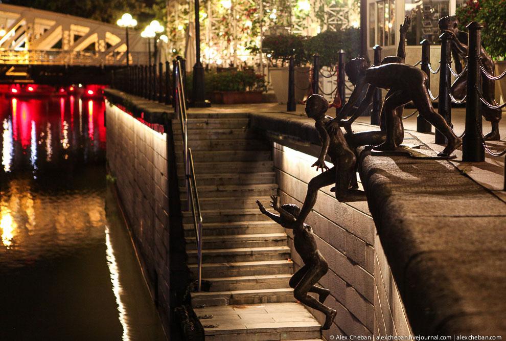 Еще несколько видов ночного Сингапура:
