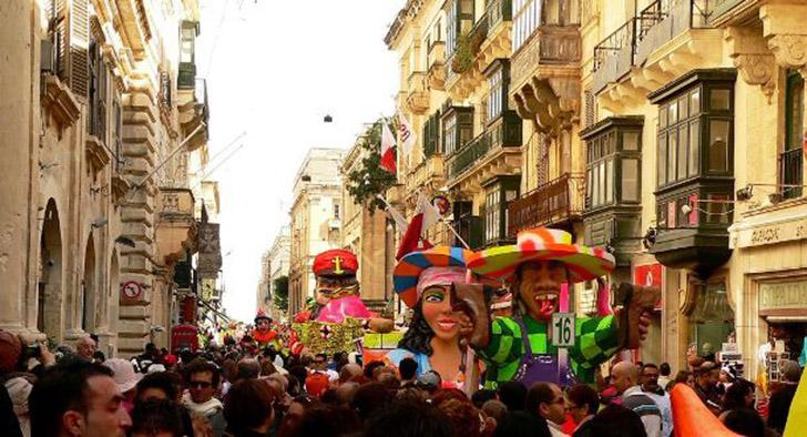 12. Мальтийский карнавал. Его проводят на неделе перед началом Великого поста. Карнавал является важ