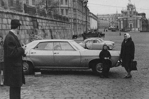 На рубеже 70-х проблемы были даже с ремонтом и обслуживанием отечественных автомобилей, не говоря уж