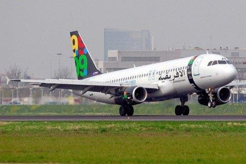 Захватчикам ливийского самолета угрожает пожизненный срок