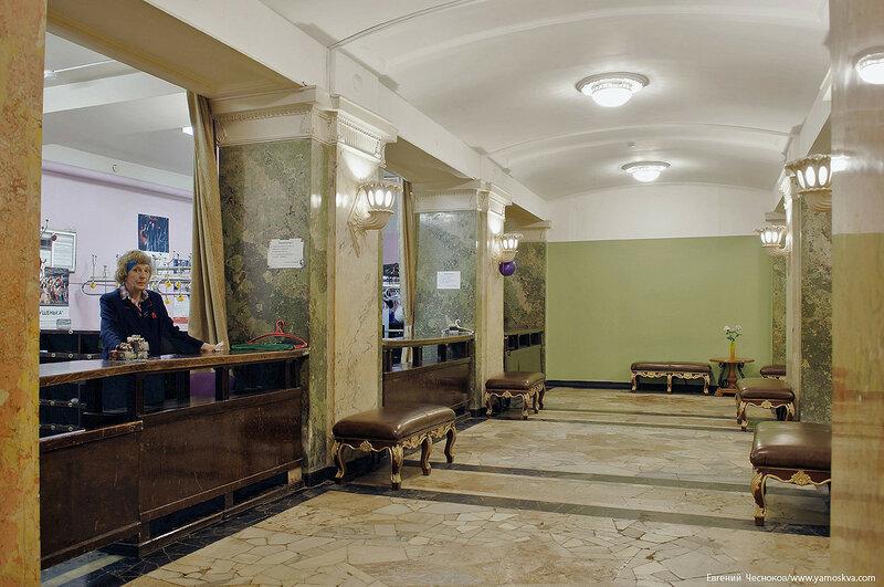 13. Театр Ромэн. гардероб. 08.04.17.03..jpg