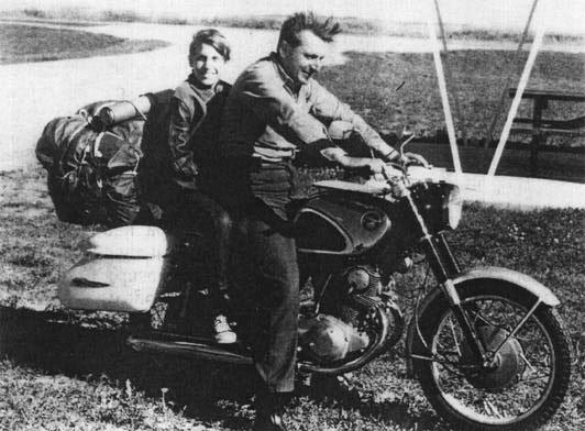 Роберт Пирсинг, автор книги «Zen and the Art Of Motorcycle», умер в 88 лет