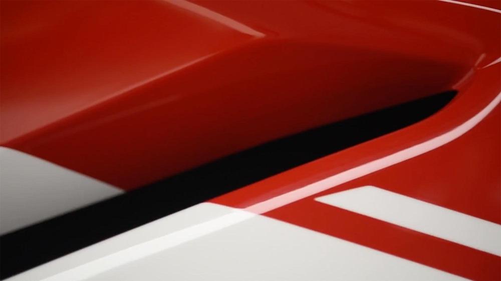 Супербайк Ducati V4 представят 7-го июля (тизер)