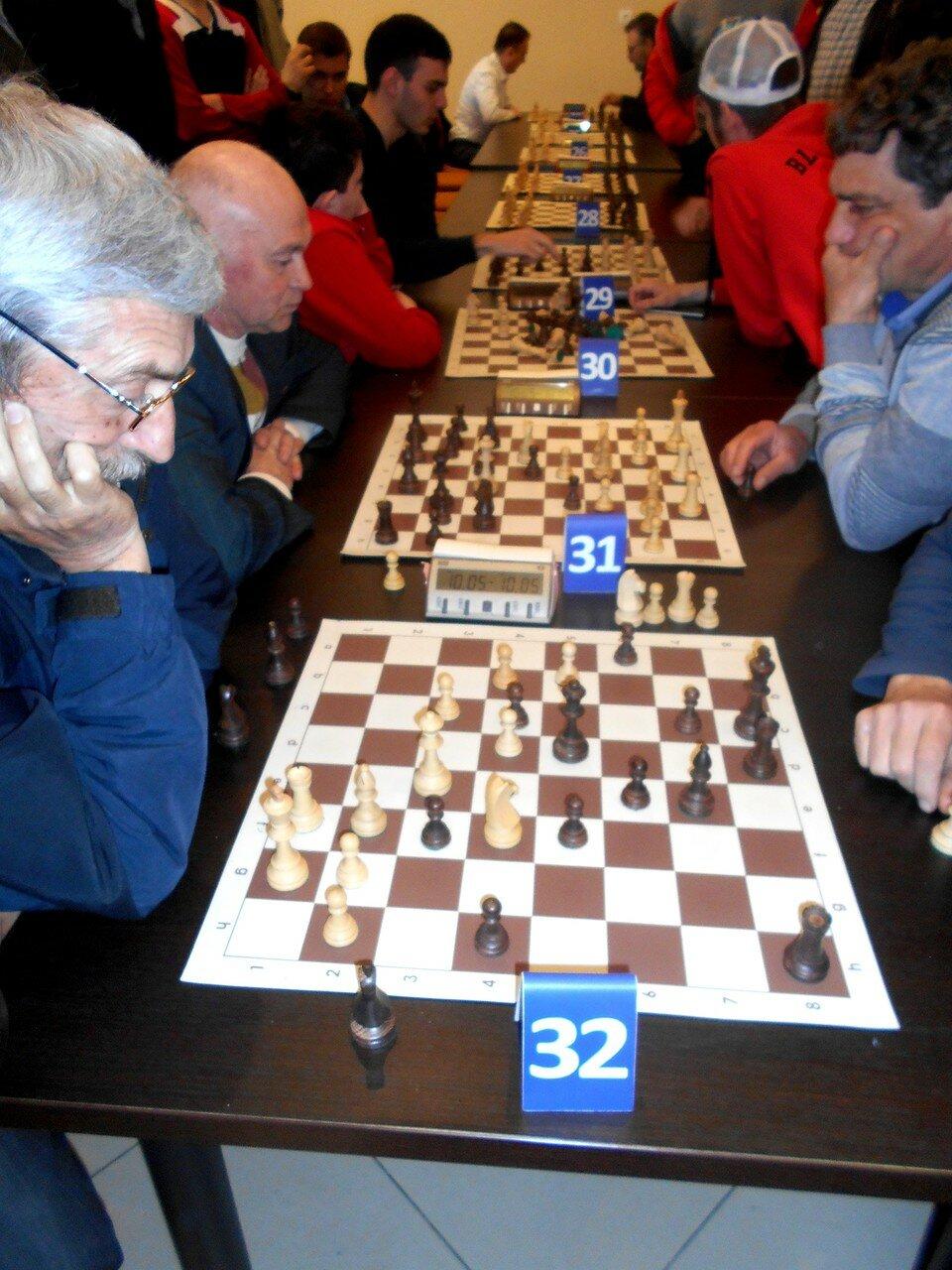 На досках шахматных ... DSCN1821.JPG