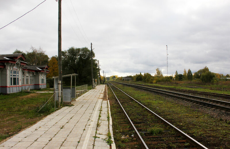 Платформа на станции Красный холм, вид на Сонково