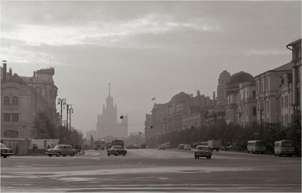 Вид с Лубянской площади 1967.jpg
