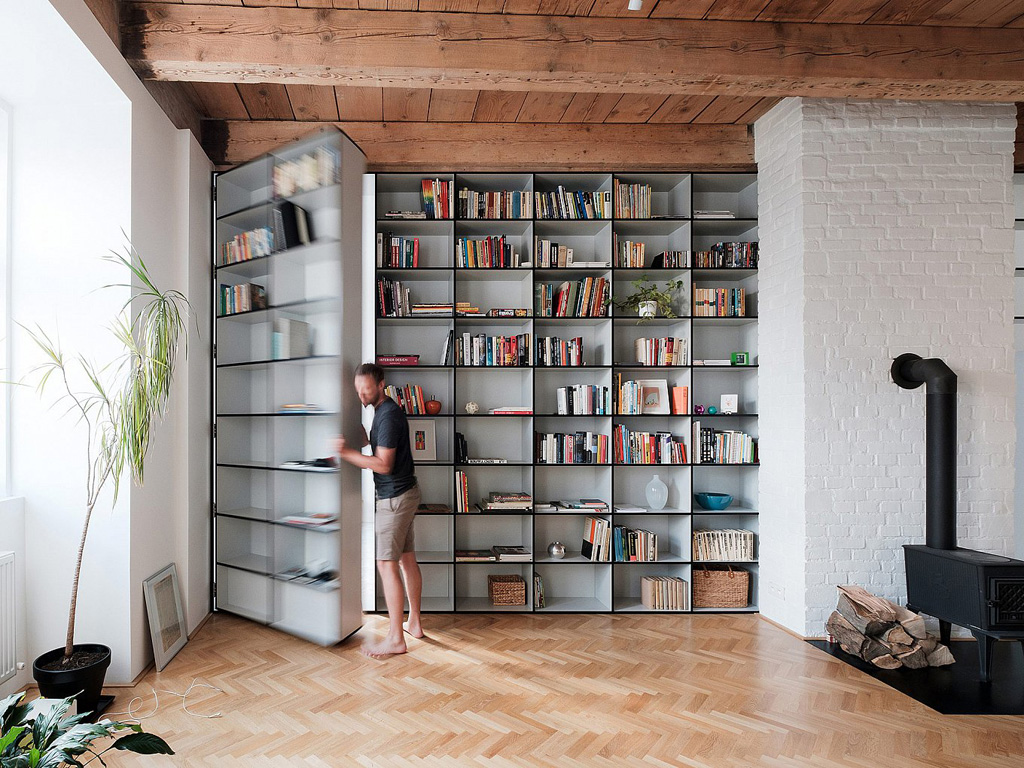 modern-apartment-wiht-hidden-room-11-1360x1020.jpg