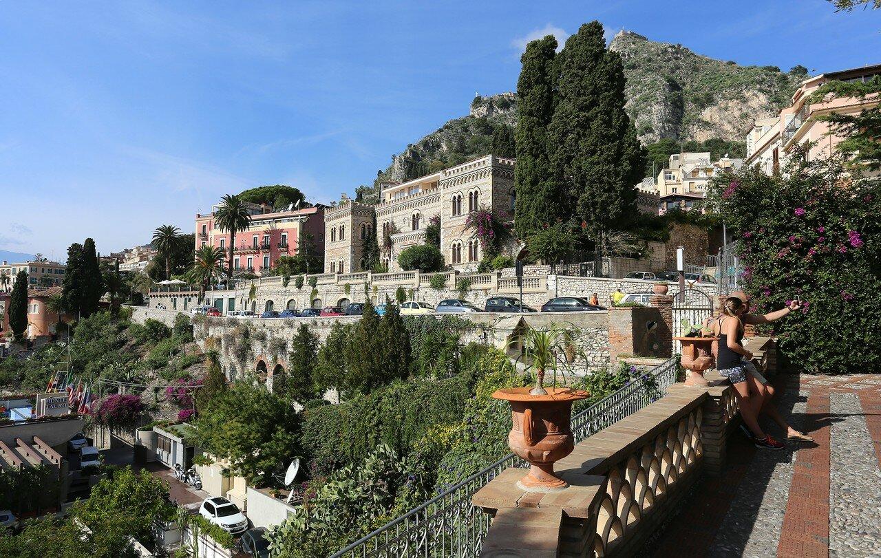 Taormina. Городской парк (Villa Comunale, Parco Duca di Cesarò)