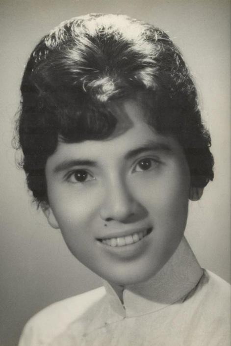 Агнес Гондже Бояджиу родилась 27 августа 1910 года в семье католиков. Ее отец, Никола Бояджиу, был с