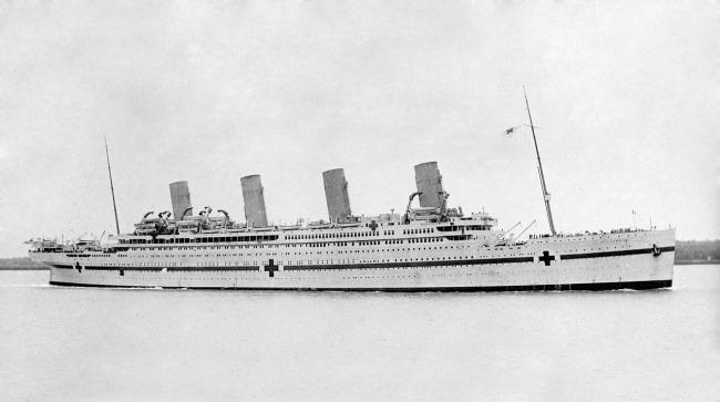 «Британик» во время Первой мировой войны  42 года Вайолетт Джессоп проработала на пассажирск