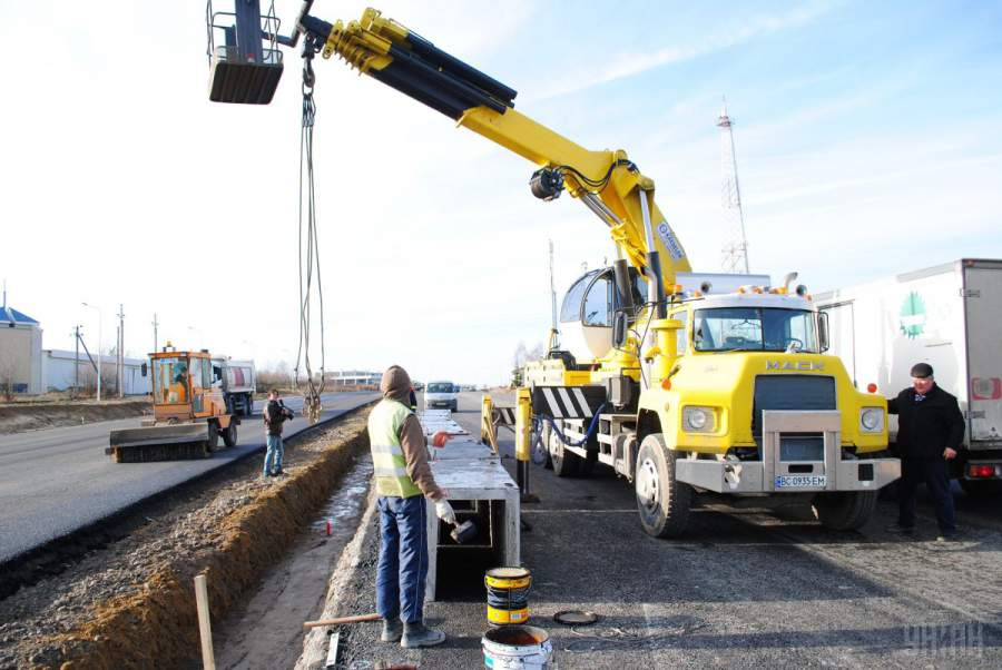 Кабмин отменил ликвидацию Автомобильные дороги Украины