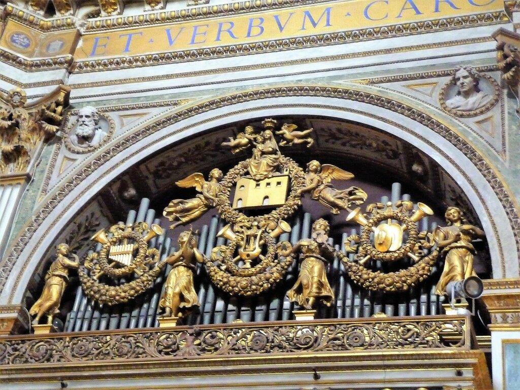 Chiesa di S. Maria di Loreto (2).JPG