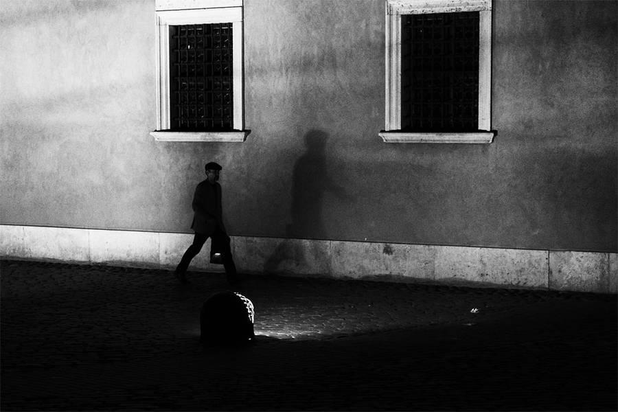 Intense Black & White Street Photography by Pawel Gulewicz