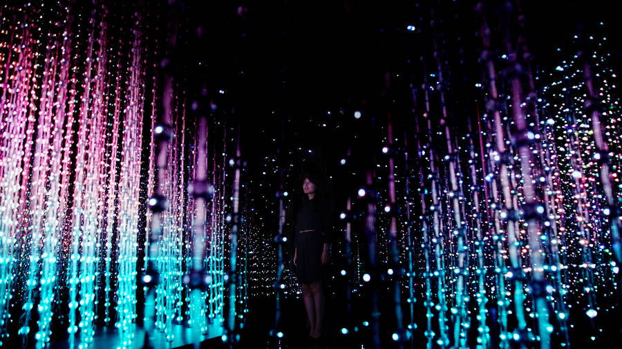 3D LED Installation Powered by Smartphone