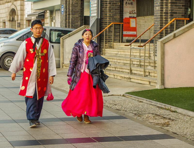 Доскино как одеваются в южной кореи Евросоюз потребовал удалить