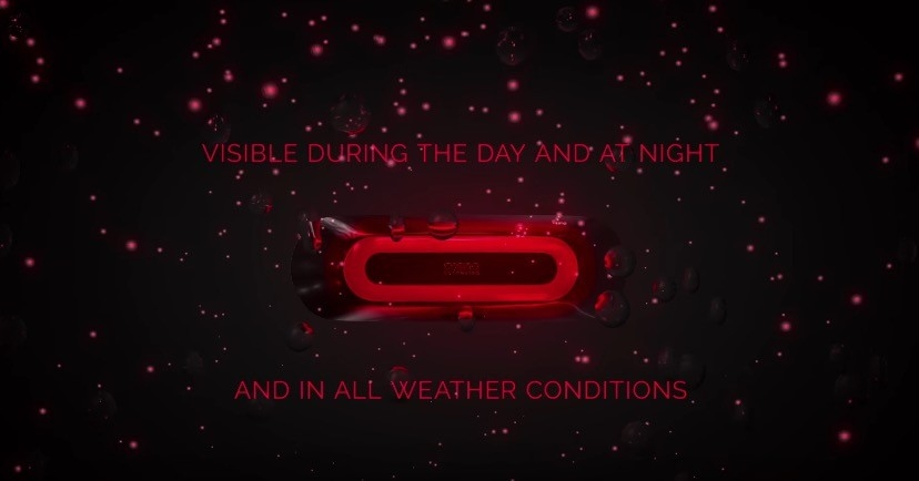 Cosmo Connected - компактный стоп-сигнал на шлем